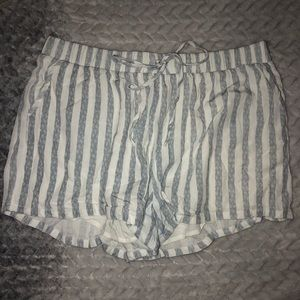 Flowy white and grey striped shorts